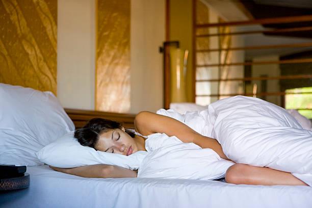旅行先でもぐっすり眠れる3つのコツ