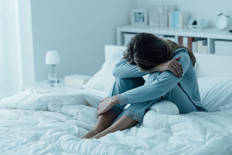 文春砲!食生活から運動、睡眠薬の使い方まで。女性の「睡眠障害」すぐ実行できる克服法